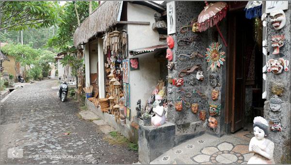 Bali - Ostbali - Tenganan - Shops