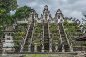 Der erste Tempel - Pura Penateran