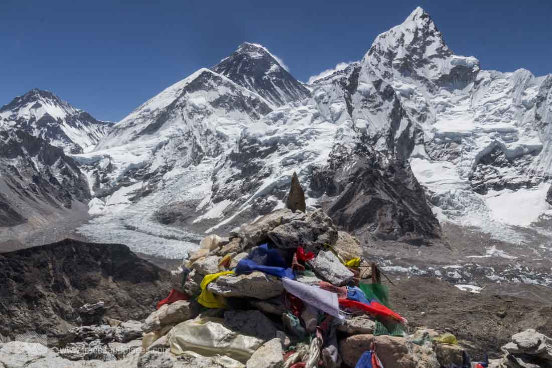 View from Kala Patthar to Mount Everst and Co.