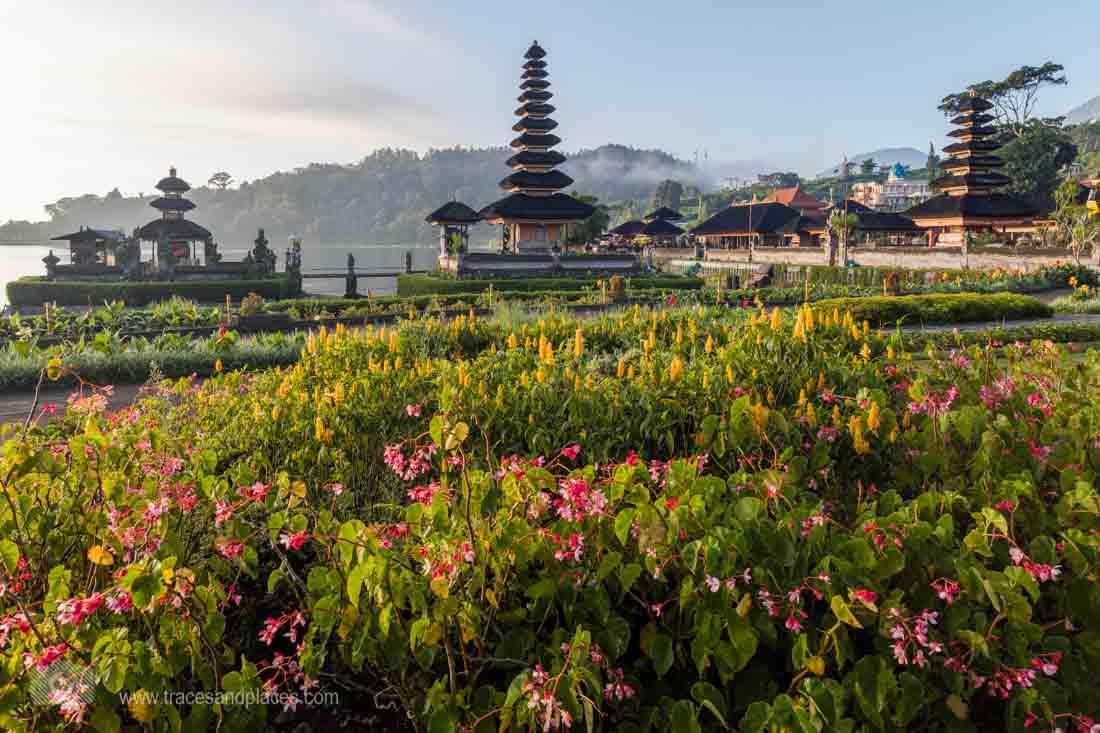 Pura Ulun Danau in Bali