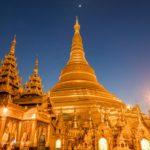 Shwedagon Pagode zur blauen Stunde