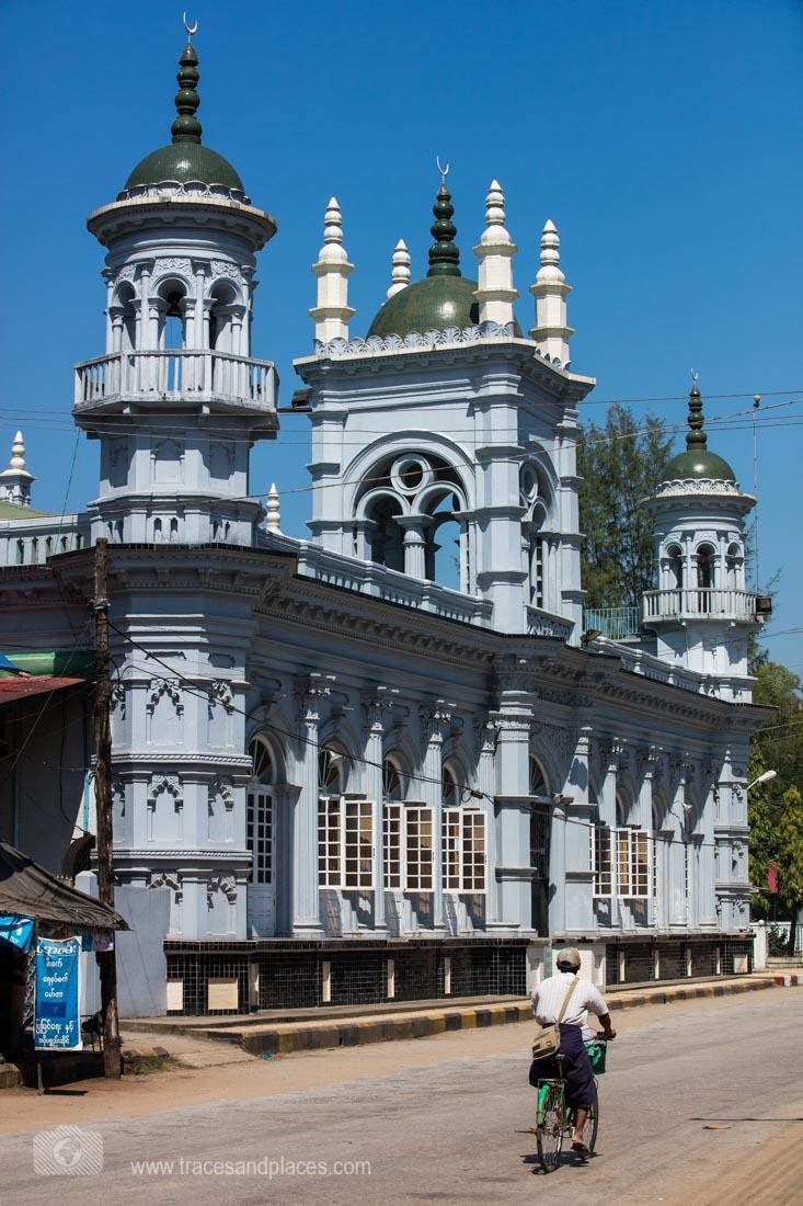 Kaladan Mosque frisch renoviert in Mawlamyaing