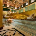 Liegender Buddha bei Kyaik Than Lan Pagode in Mawlamyaing