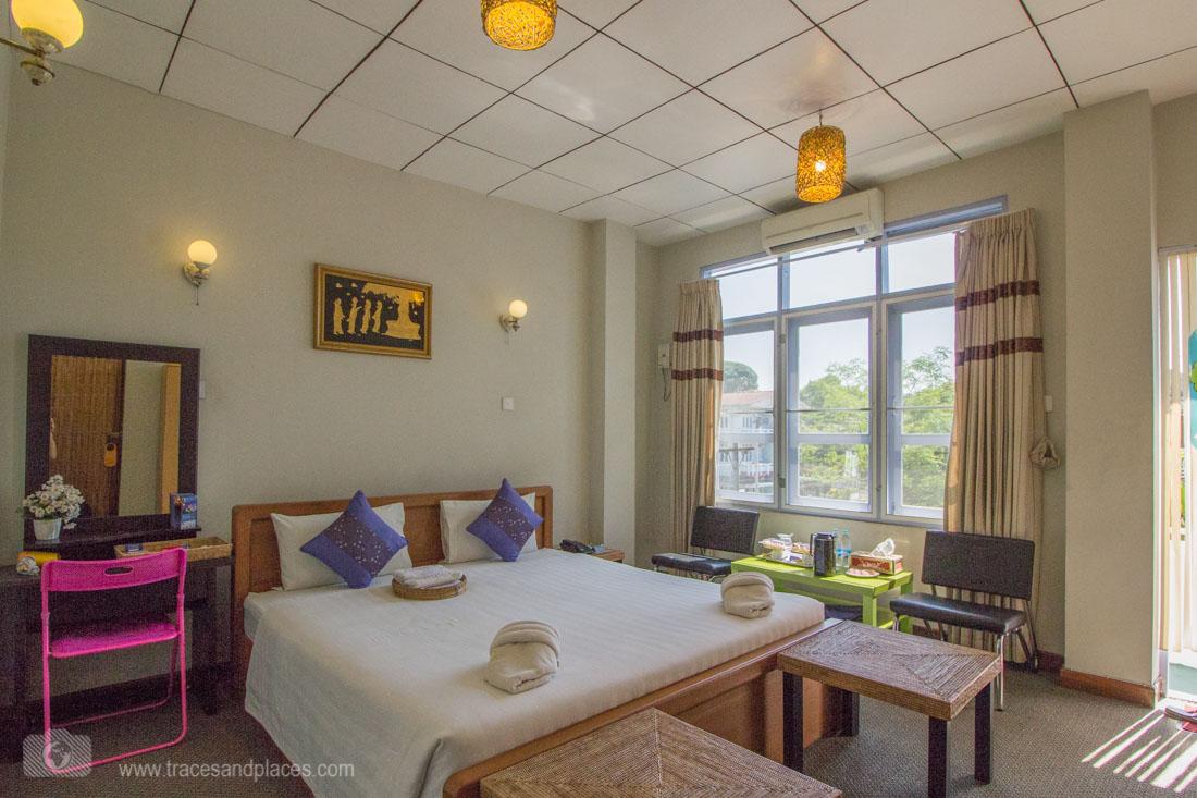 Zimmer Cinderella Hotel Mawlamyine