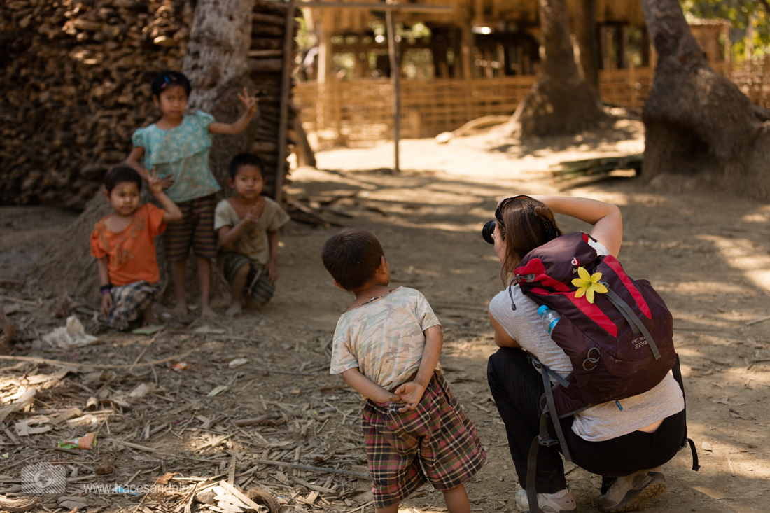Besuch im Chin Dorf Mrauk-U