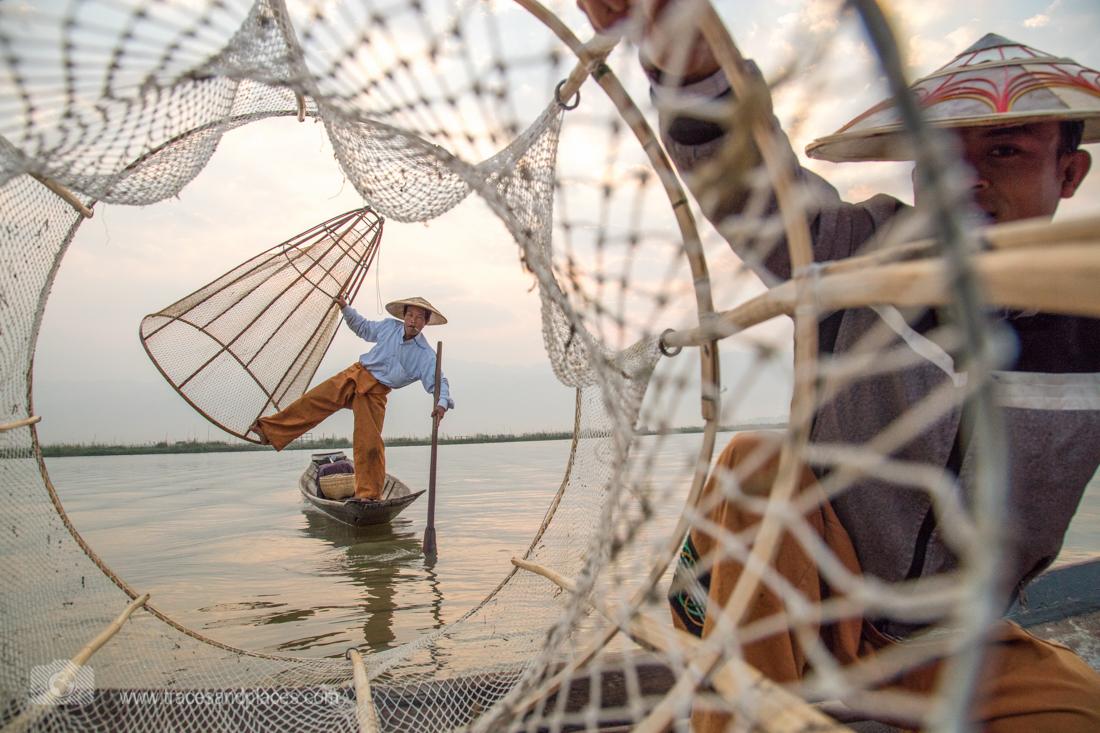 Fischer auf dem Inle-See mit Netzen