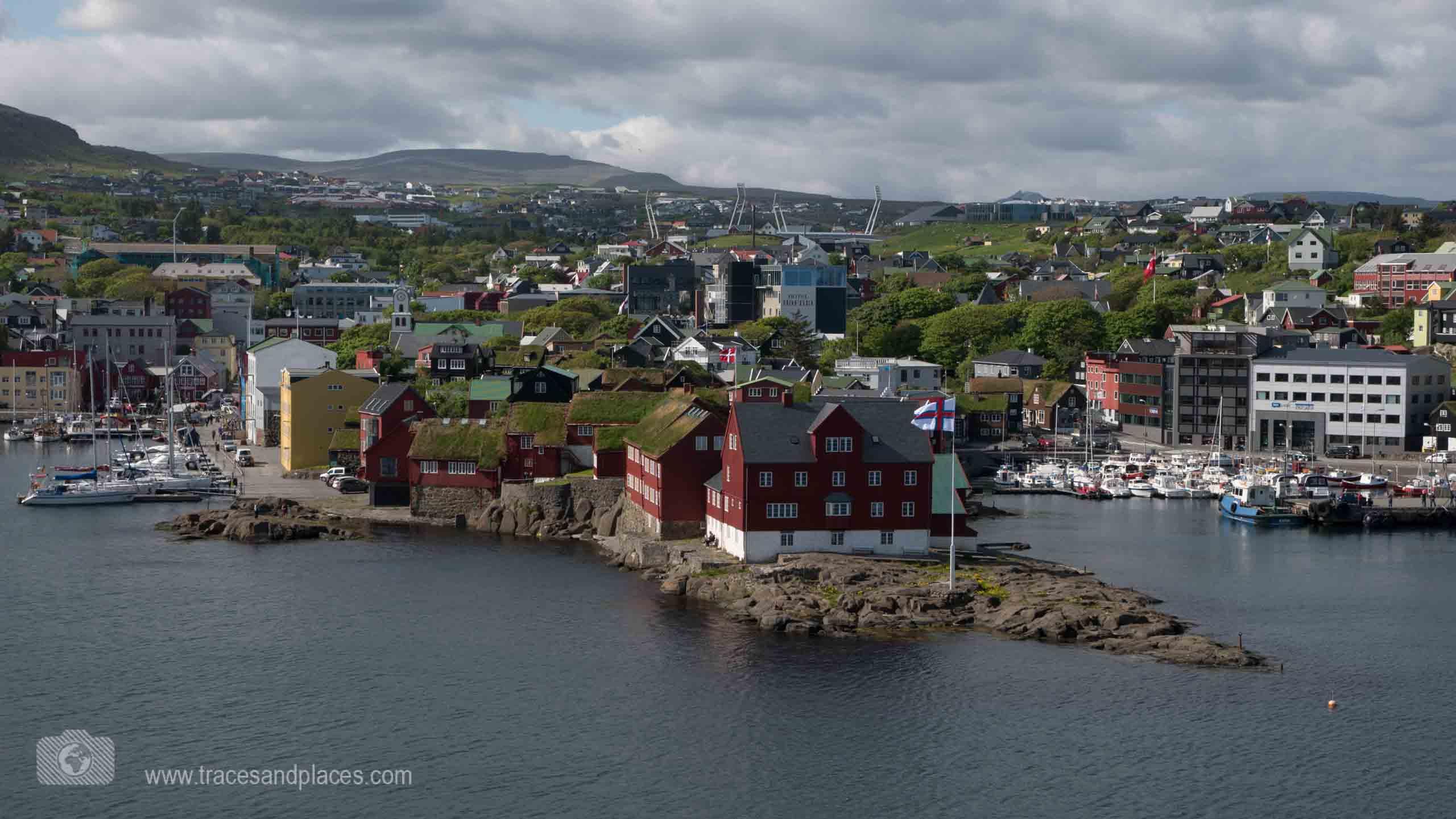 Blick auf Torshaven - Faeroeer Inseln_